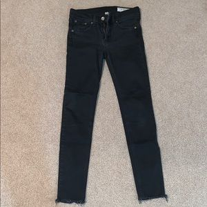 Rag & Bone ankle skinny jean in black
